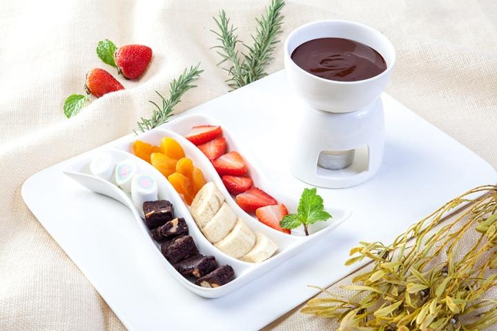 chocolate-fondue