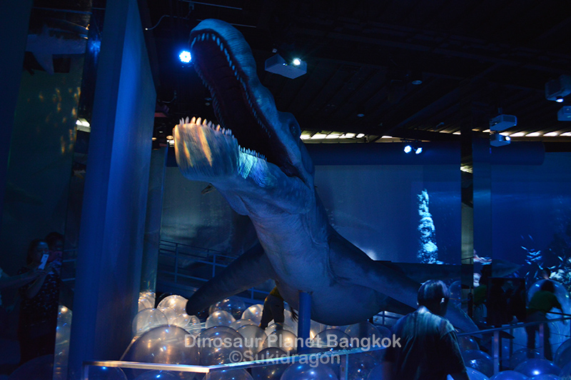 Thailand Info the dinosaurs are here in Bangkok!