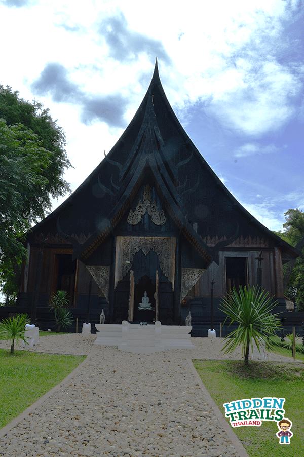 Baandam gallery and museum Chiang rai