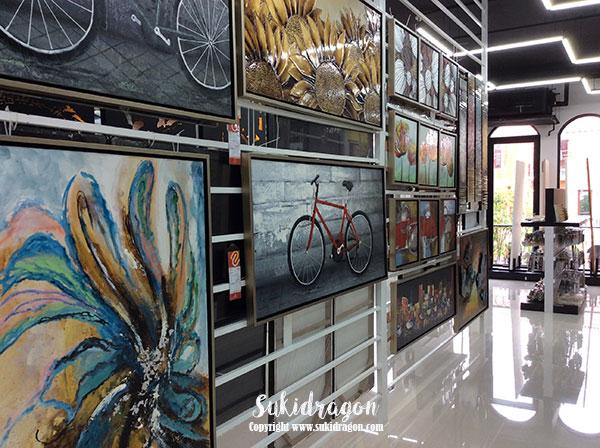 Colors of Italy in Bangkok at Venice Shopping Plaza