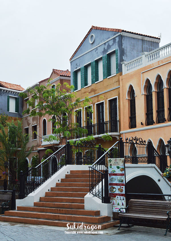 Colors of Italy in Bangkok at Venice Shopping Plaza