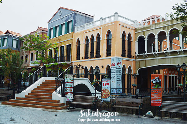 Bangkok Colours of Italy venice-shopping-plaza-9