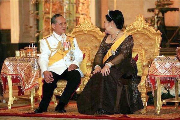 Understanding Thailand and the Monarchy